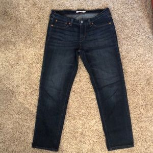 Levis boyfriend fit cropped jeans
